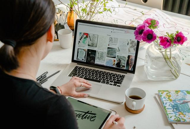 Top 10 Online Laptops Shops in Bangladesh